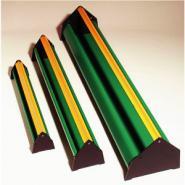 Tröge mit Abwehrrolle, aus Kunststoff, FS-Qualität