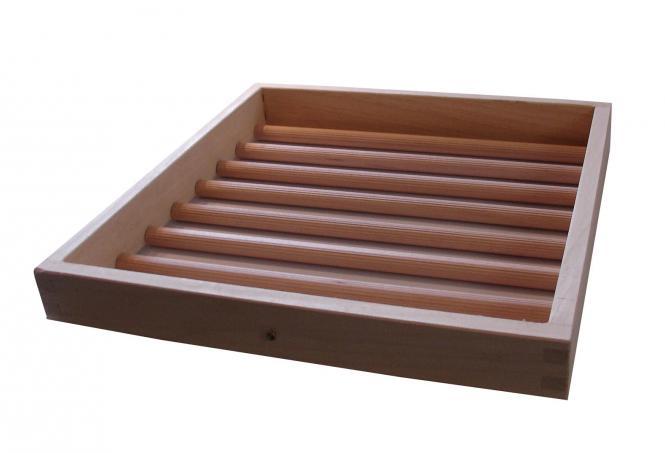 Extra broedladen hout, - gr. 1, 33x34cm (Uitkomstladen: 33x39cm)